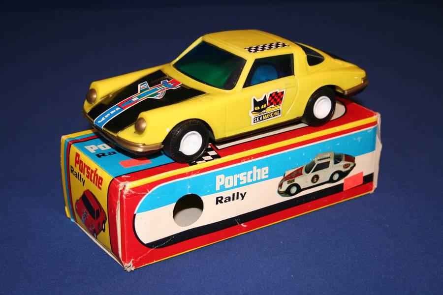 Porsche 911 Targa Rally Car