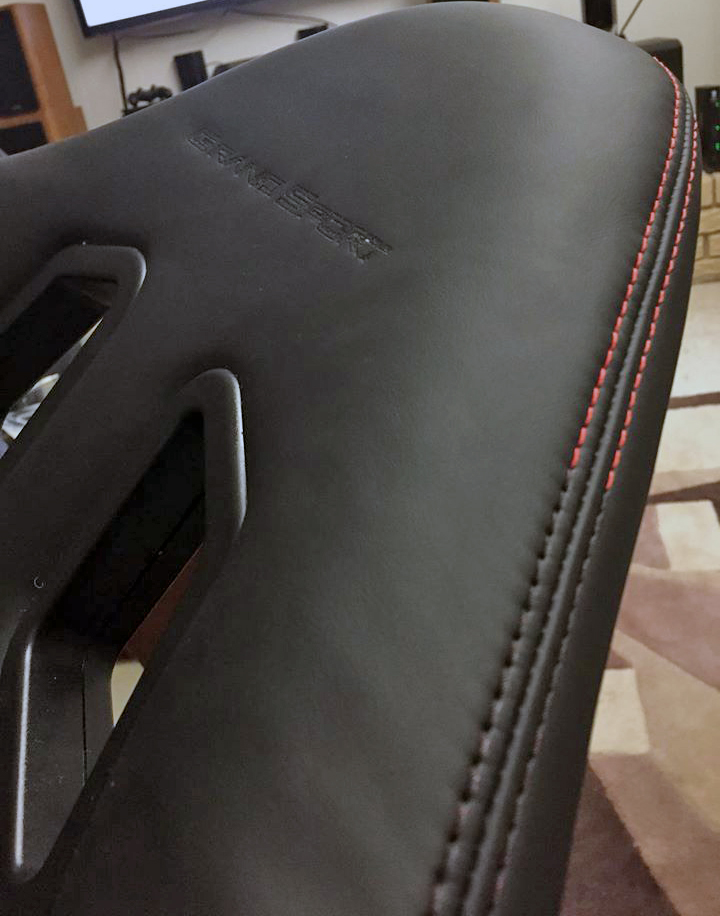 car seat stitching dye from red thread to black