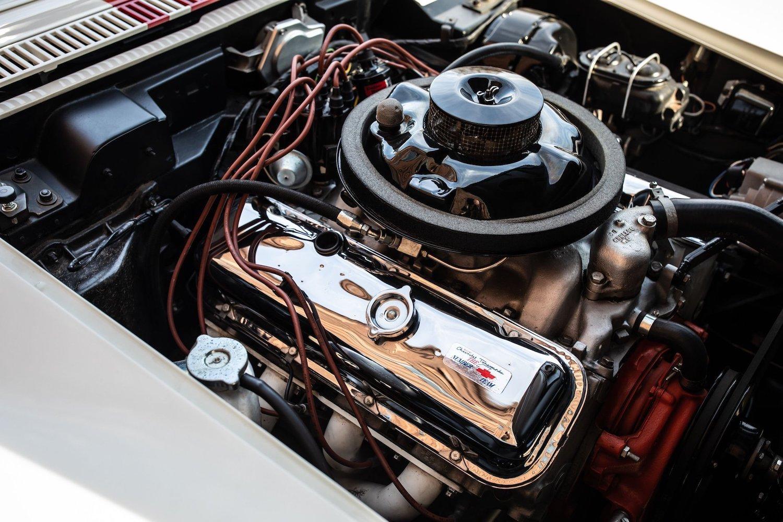 1968 Chevrolet Sunray DX L88 Yenko Racer engine